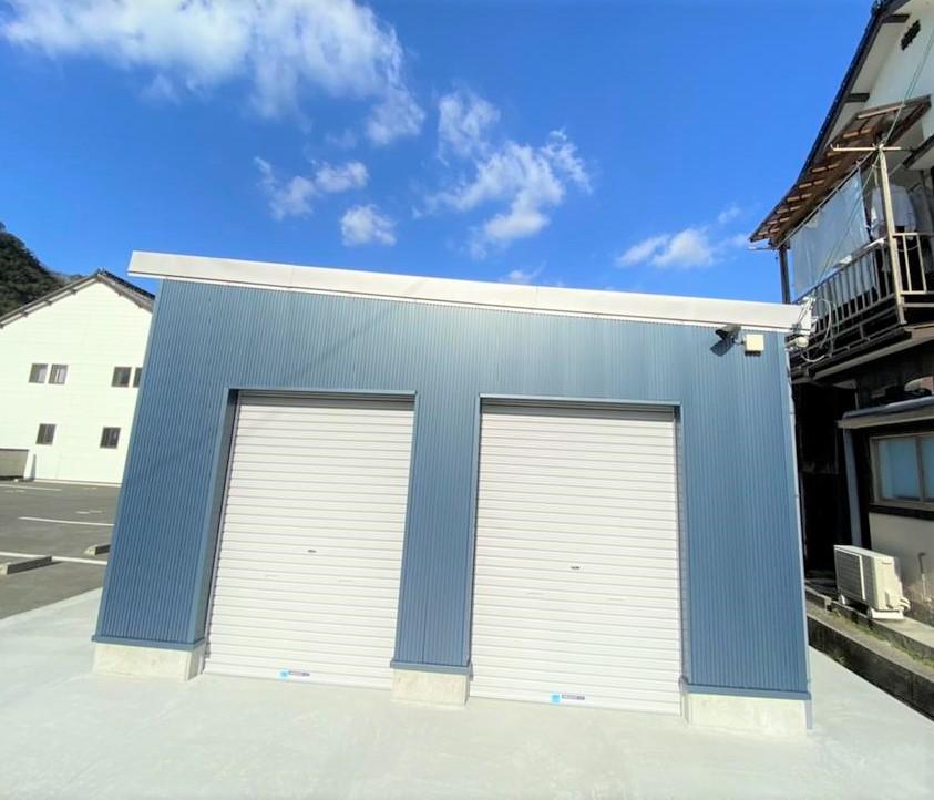 賃倉庫 2.3畳 宇和島市 吉田町魚棚 8,250円 レンタルボックス